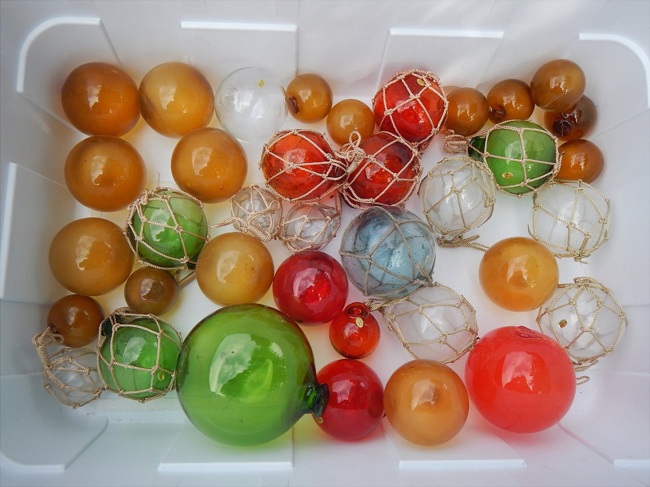 """2"""" to 5"""" Glass Balls Floats"""