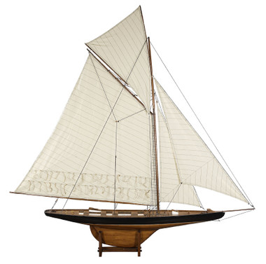 Large America's Cup Columbia 1901