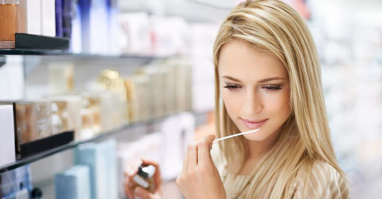 Effect of Perfumes on Mood: How Fragrances Affect a Person's Mood