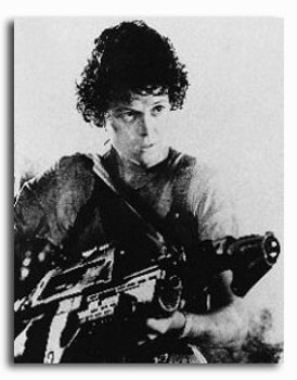(SS150332) Sigourney Weaver  Aliens Movie Photo