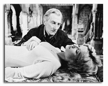 (SS203866) Peter Cushing  Dracula A.D. 1972 Movie Photo