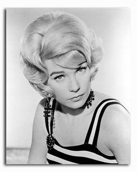(SS253474) Shirley MacLaine Movie Photo