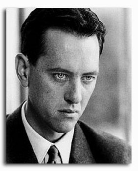 (SS2141672) Richard E. Grant Movie Photo