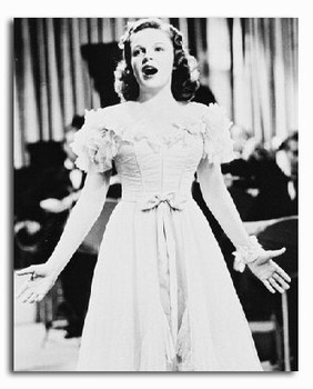 (SS2172456) Judy Garland Movie Photo