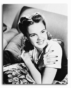 (SS2217826) Judy Garland Movie Photo