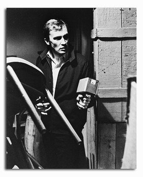 (SS2294487) Roy Thinnes  The Invaders Movie Photo