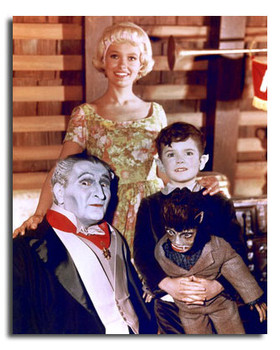 (SS3601156) Cast   The Munsters Movie Photo