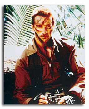 (SS3217864) Arnold Schwarzenegger  Predator Movie Photo