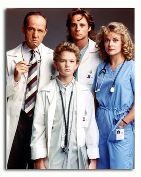 (SS3561948) Cast   Doogie Howser, M.D. Television Photo