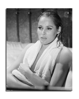 Ursula Andress Movie Photo (SS2470754)