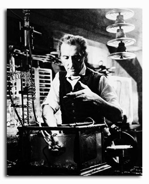 (SS210951) Peter Cushing Movie Photo