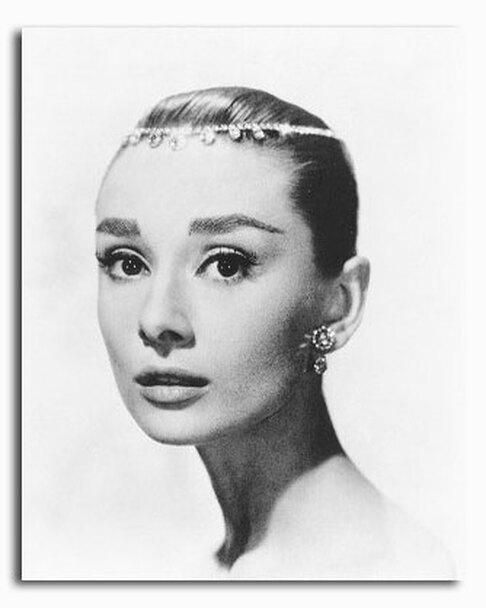 SS2214004) Movie picture of Audrey Hepburn buy celebrity photos and ...