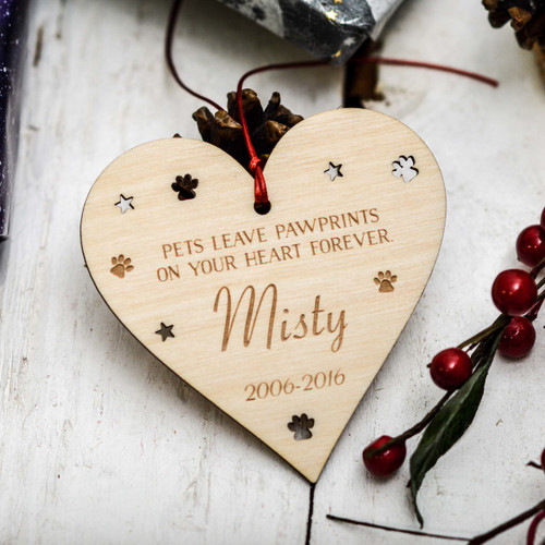 Personalised Pets leave pawprints on your heart forever Decoration