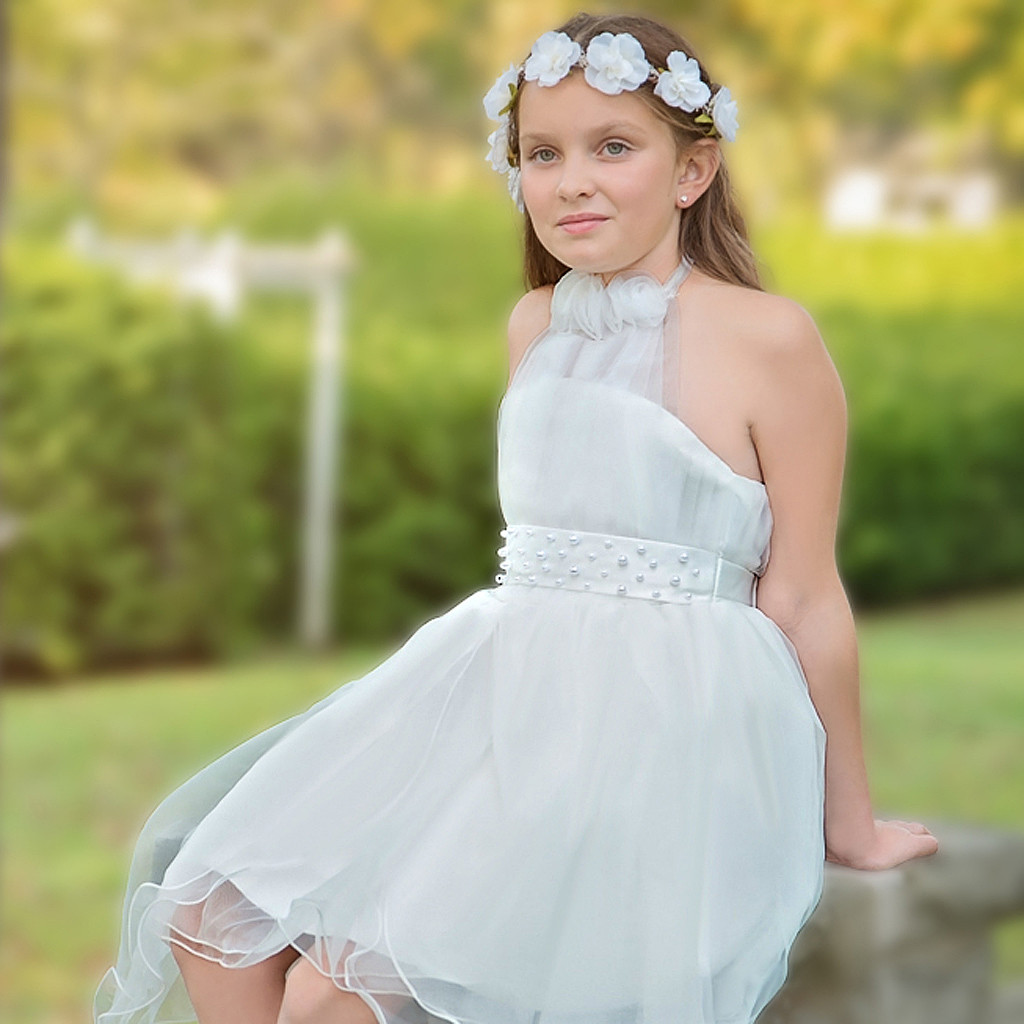 The Age-old, Fascinating Story of the Flower Girl: