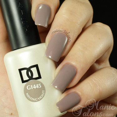Daisy Gel Polish Melting Violet 1445
