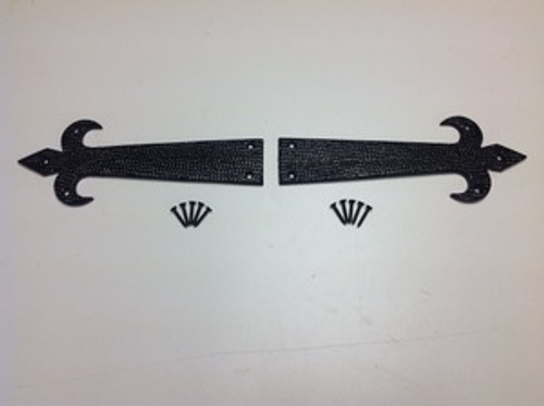 "8"" Black Plate Arrows- Set of 2"