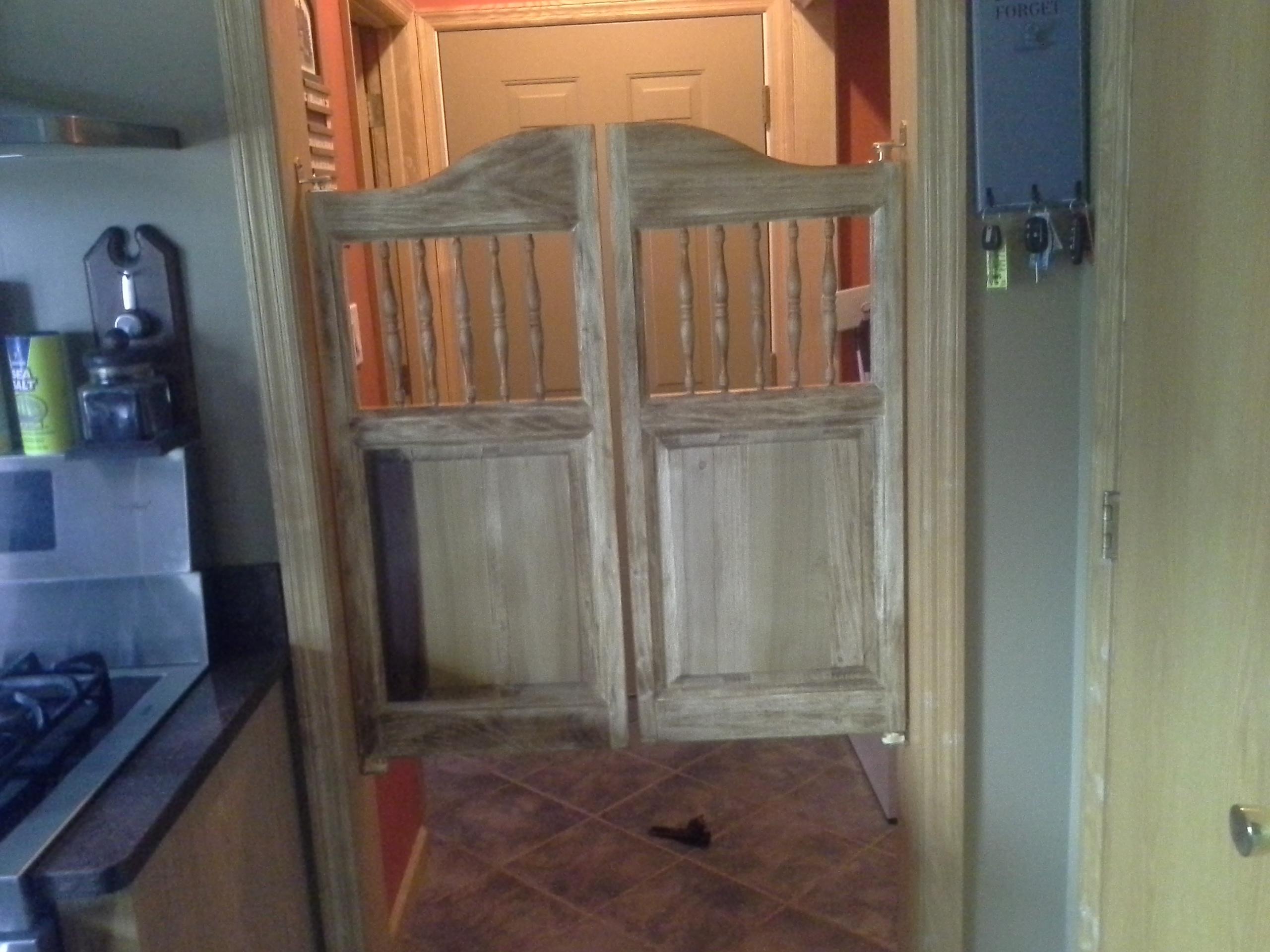 poplar-spindles-saloon-doors.jpg