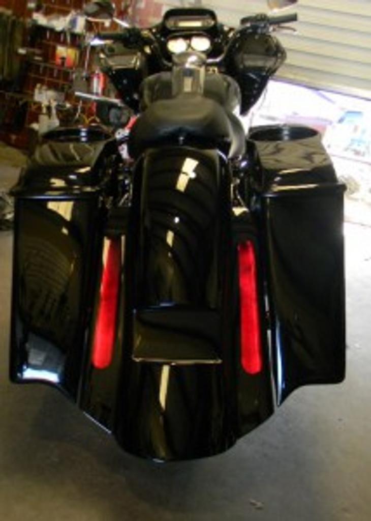 Harley Davidson Saddlebags: Part Of The Art In Motion Tailmaker