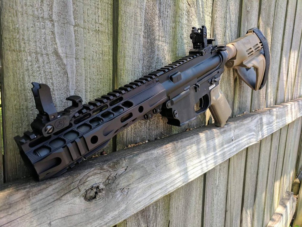 Pistol Build using a Black Receiver and Flat Dark Earth Brace and Pistol Grip