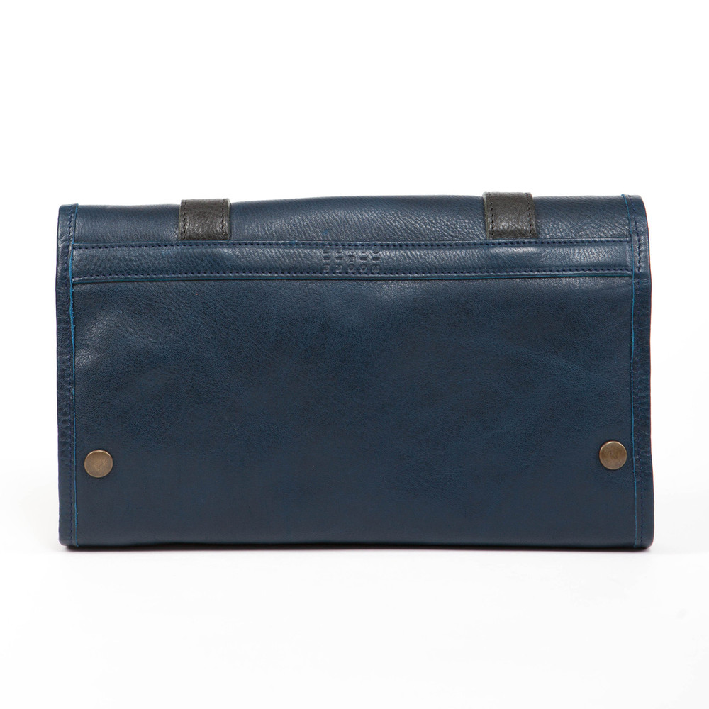 Austin Hanging Dopp Kit in Titan Milled Navy by Moore & Giles
