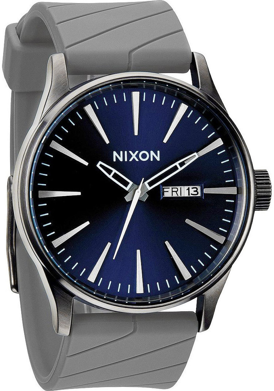 watch chrono s feat at sentry a closer nixon highsnobiety look watches