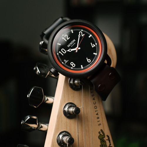 Nixon October All Black/Red (A488760)