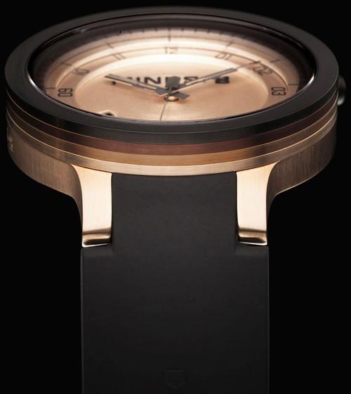MInus-8 Layer Automatic -Black/Gold