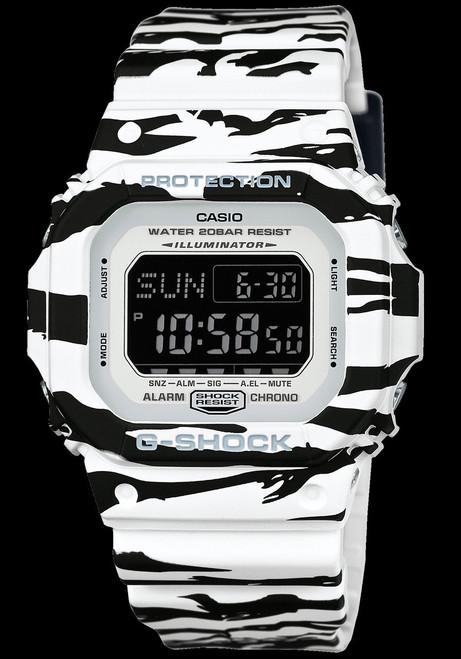 G-Shock DWD-5600BW-7 Black/White Series