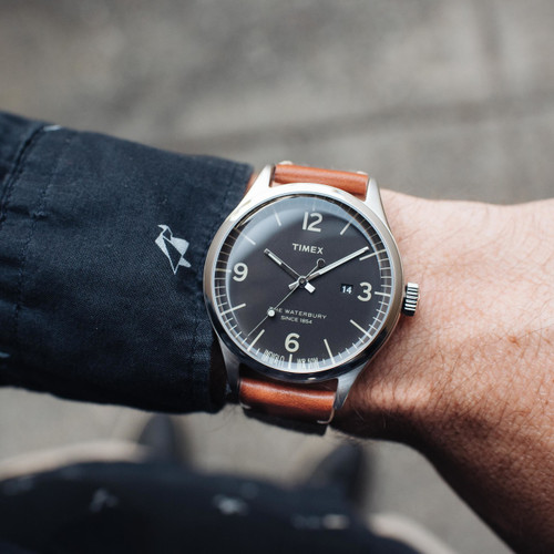 Timex waterbury black tan for Black tan watch