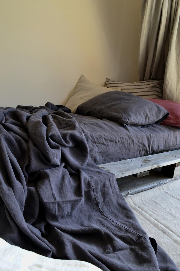 Charcoal Stonewashed Linen Flat Sheet