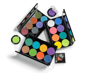 iNtense Pro™ Pressed Pigment Palette