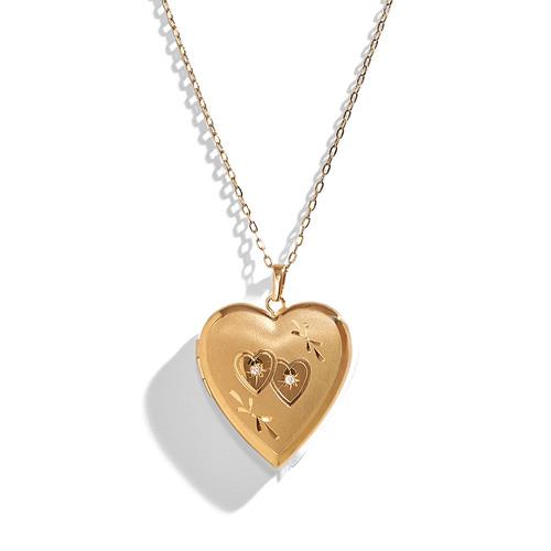 14K Gold Vintage Engraved Locket Necklace