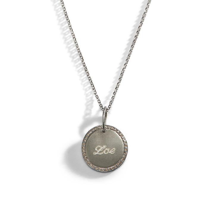 engraved name necklace diamond engraved personalized. Black Bedroom Furniture Sets. Home Design Ideas