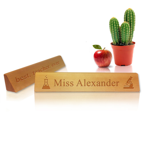 Personalized Wooden Desk Plate : SCIENCE