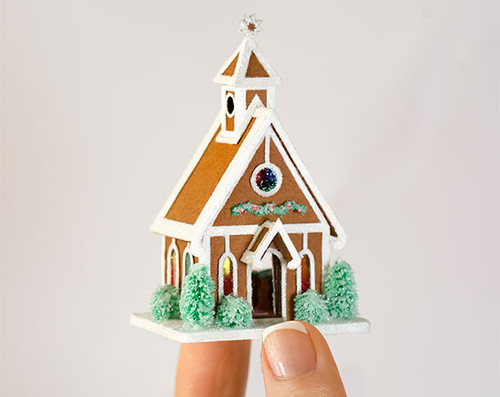 1:144 micro scale Gingerbread Chapel Kit from True2Scale