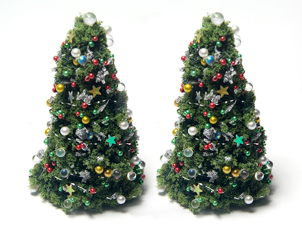 Great Quarter Scale Christmas Trees Kit